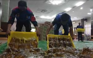CBI Group Salurkan Bantuan Minyak Goreng Tahap Kedua Melalui Pemkab Kobar