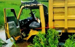 2 Truk Terlibat Kecelakaan, 1 Orang Luka Berat di Kapuas
