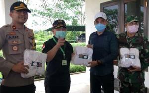 Gubernur Kalteng Serahkan Bantuan 50 Ribu Masker untuk Kabupaten Kotawaringin Timur