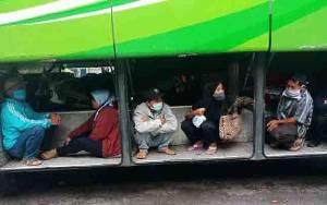 26 Kuli Gagal Mudik Lebaran, Diturunkan dari Bus ke Tegal