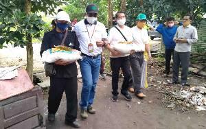 20 Ton Beras dan 2.000 Liter Minyak Goreng Zakat H Abdul Rasyid AS Didistribusikan di Kotawaringin Timur