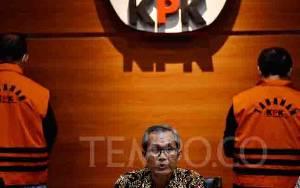 Gaya Kepemimpinan Firli, KPK Umumkan Tersangka Setelah Ditahan