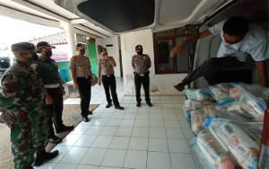 Serdik Sespimmen Bagikan Ratusan Sembako untuk Masyarakat