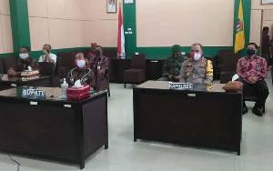 Bupati Katingan Keluarkan Surat Edaran Terkait Peniadaan Salat Idul Fitri di Masjid dan Lapangan