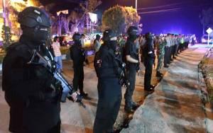 Polri dan TNI di Gunung Mas Patroli Keliling Kota Kuala Kurun Antisipasi Kamtibnas Jelang Lebaran