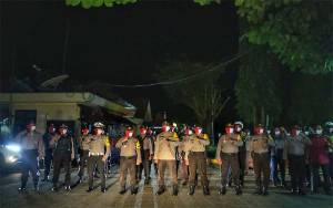 Kapolres Barito Timur Pimpin Patroli Show of Force Kesiapsiagaan Idul Fitri 1441 H