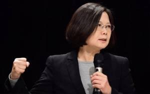 Presiden Taiwan Tsai Berjanji Bantu Hong Kong Hadapi Cina