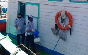 Dinas Perhubungan Kembali Cek Kesehatan ABK dan Disinfeksi 2 Kapal Lewat DAS Kapuas