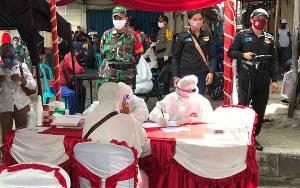 Warga Antusias Ikuti Rapid Test di Kawasan Pasar Kapuas