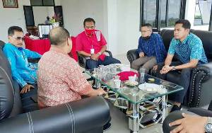 Ketua DPRD Ajak Pengusaha Unggas Bantu Hadapi Covid-19