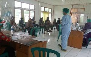 Warga Desa Timpah Pulang Mudik Lebaran Disambut Rapid Test dan Isolasi Mandiri