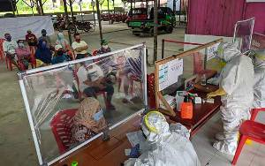 Ada 50 Pedagang di Pasar Al Kamal yang Rapid Test