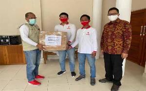 Relawan Covid-19 Indonesia Bersatu Serahkan Bantuan Masker ke Gugus Tugas Kalteng