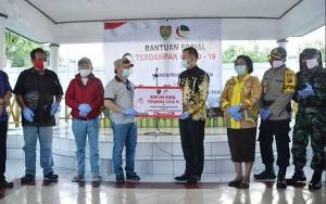 Gubernur Kalteng Serahkan BLT Untuk 3.012 Warga Terdampak Covid-19 di Kabupaten Gunung Mas