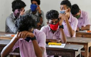 Sekolah Belum Normal, Kemendikbud Minta Orang Tua Sabar