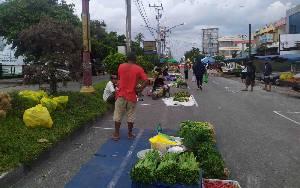 Pedagang Pasar Besar Palangka Raya Mulai Tempati Lapak Sesuai Protokol Kesehatan