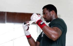 Dillian Whyte Siap Lawan Francis Ngannou di Ring Tinju dan UFC