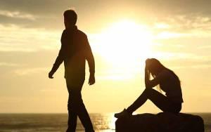 7 Jurus Move On Usai Ditinggal Mantan Pacar Menikah