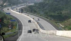 Volume Kendaraan Jalan Tol Trans Sumatera Anjlok 42 Persen