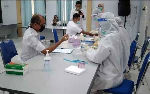 79 Pejabat Pemkab Kotawaringin Barat Ikuti Rapid Test, Semua Non Reaktif