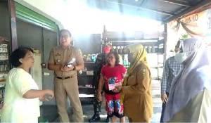 Video Seorang Ibu Kembalikan Dana BST Kemensos kepada Pemerintah