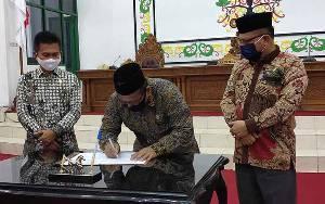 DPRD Sukamara Gelar Paripurna Penetapan Keputusan Anggota Pansus