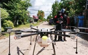 Pemprov Kalteng Semprot Disinfektan Gunakan Drone