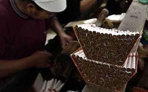 Penjualan Rokok Diperkirakan Anjlok 20 Persen