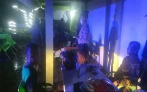 Puluhan Warga Ditegur Tim Gugus Tugas Covid-19 Palangka Raya karena Nongkrong di Kafe