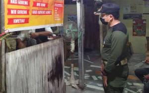 Satpol PP Kapuas Kembali Ingatkan Penjual Kuliner Agar Patuhi Aturan PSBB