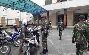 Satgas TNI Patroli Dialogis Diberbagai Obyek Vital di Palangka Raya Jelang New Normal