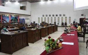 Pansus DPRD Palangka Raya Rapat Finalisasi Raperda Perubahan RPJMD