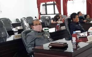 Anggota DPRD Gunung Mas Ingatkan Pemerintah Desa Segera Salurkan BLT DD