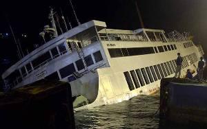 Kapal Roro Tenggelam Saat Bersandar di Padang Bai