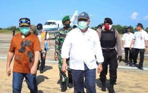 Gubernur Kalteng Sambut Kedatangan Menteri PUPR di Bandara Tjilik Riwut