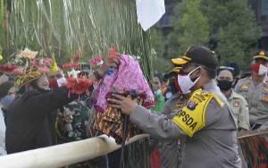 Kapolda Kalteng Ajak Warga Jaga Kelestarian Cagar Budaya Rumah Betang Bintang Patendu