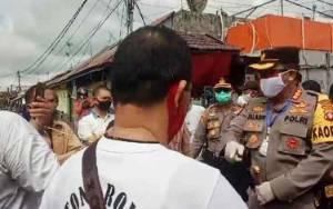 Penyemprotan Disinfektan di Pasar Besar Selama 3 Hari