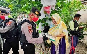 Ditsamapta Polda Kalteng Salurkan Sembako ke Warga Terdampak Covid-19