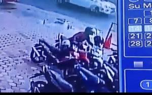 Terekam CCTV, Pencuri di Palangka Raya Sikat Ponsel Mahasiswi