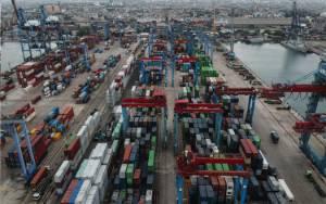 Jokowi Ingin Pengembangan Pelabuhan Utama Saling Melengkapi