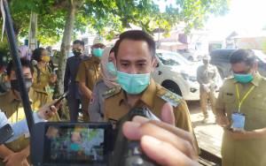 Wali Kota Palangka Raya Instruksikan Pelaku Usaha di Zona Merah Jalani Rapid Test