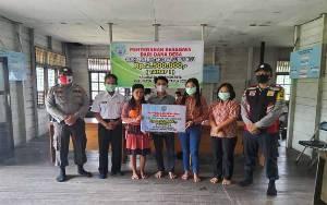 Pemerintah Desa Lubuk Hiju Salurkan Beasiswa Mahasiswa dari Dana Desa