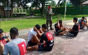 Personel Kodim 1011 Kuala Kapuas Beri Pembinaan kepada Calon Prajurit TNI
