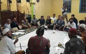 Bhabinkamtibmas Kelurahan Mendawai Berikan Pendampingan Kasus Dugaan Mark Up Dana Pembangunan Masjid Al Muhajirin