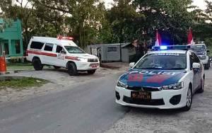 Mobil Pengantar Jenazah PDP Meninggal di RSUD Sultan Imanuddin Pangkalan Menuju ke Pemakaman
