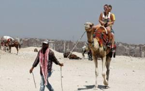 Piramida Giza Masih Sepi, Turis Bisa Pelesiran ke Mersa Matruh