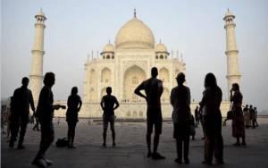 Taj Mahal Dibuka, Meskipun Covid-19 Belum Reda di India