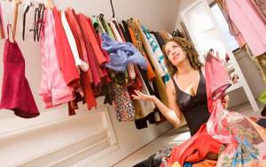 Tantangan 3 Bulan Tidak Beli Baju demi Kurangi Limbah