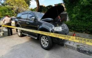 Ledakan di Menteng Akibatkan Ban Mobil Bocor