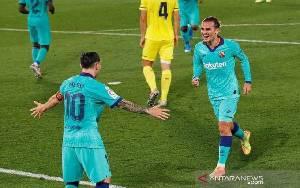 Kalahkan Villareal 4-1, Barcelona Jaga Jarak Poin Real Madrid